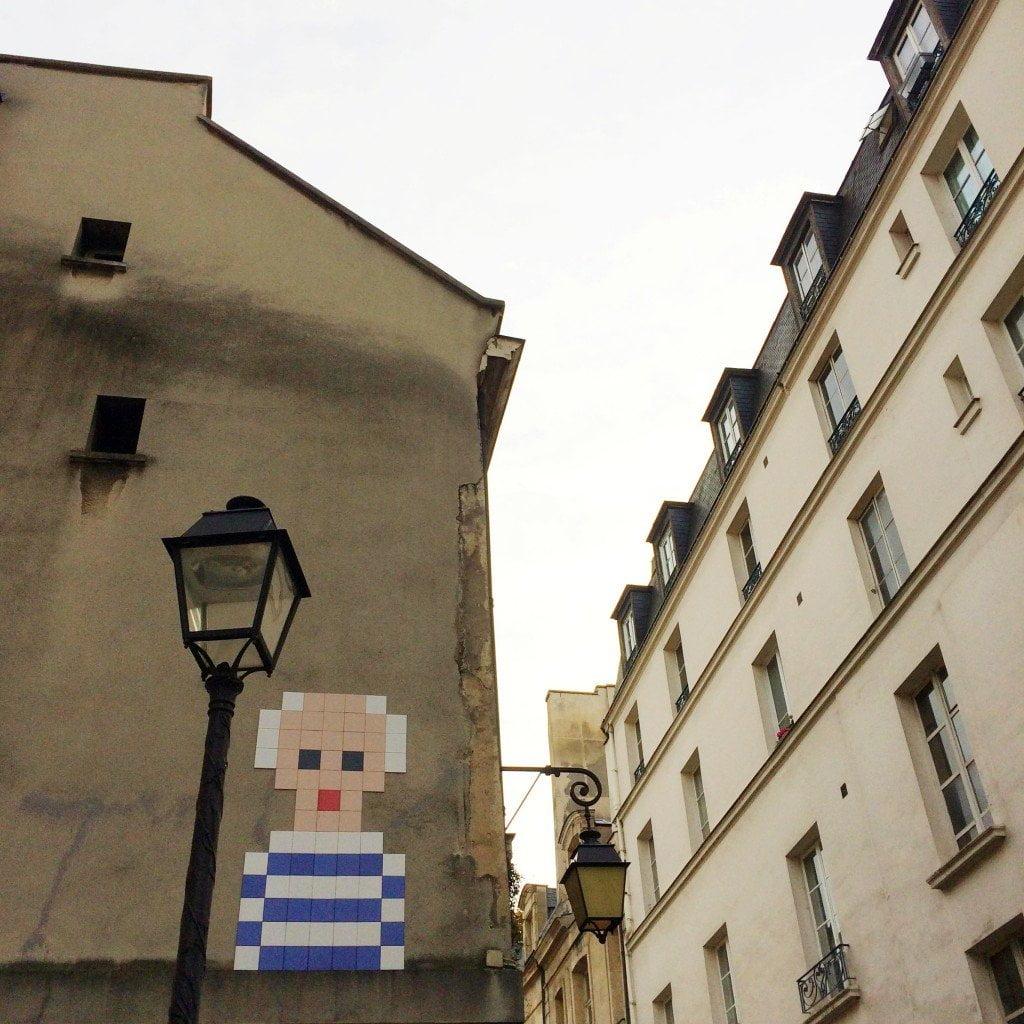 streetart-parijs-mannetje